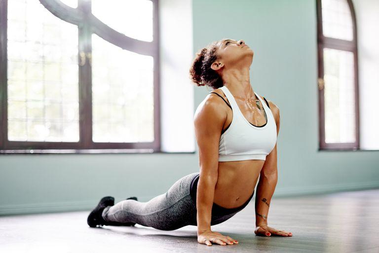 Von Yoga Zu Heißem Lesbensex